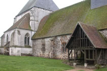 Listed churches and movable heritage